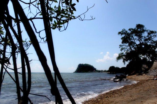 pacrron pasir putih Indonesia