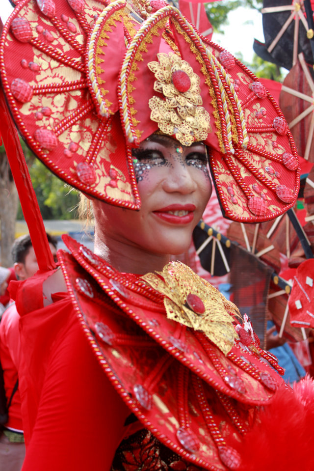BCS BEST SITUBONDO CARNIVAL CHINESE UNIK