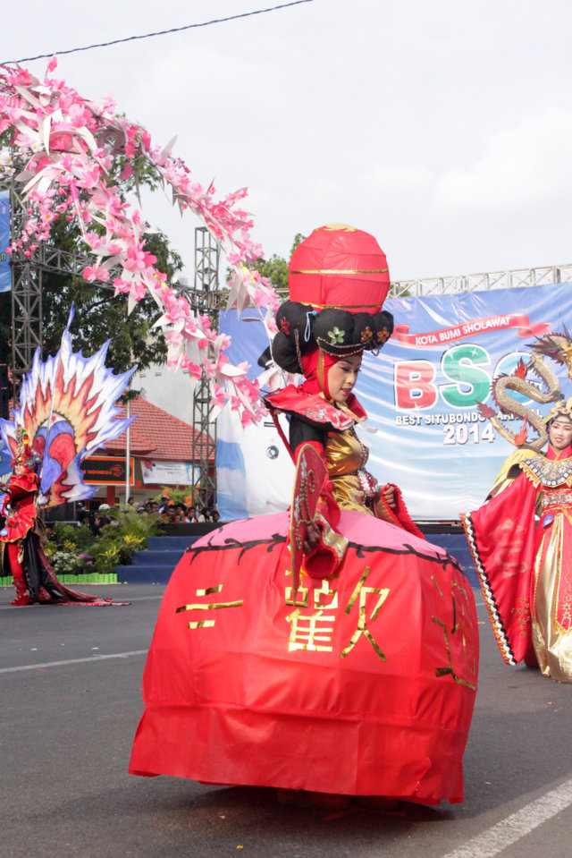 BCS BEST SITUBONDO CARNIVAL CHINESE UNIQUE