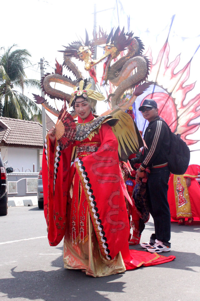 CHINESE 4 BCS BEST SITUBONDO CARNIVAL