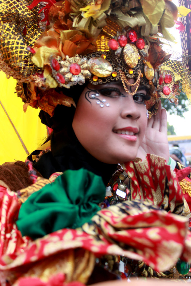 CHINESE BCS BEST SITUBONDO CARNIVAL 1