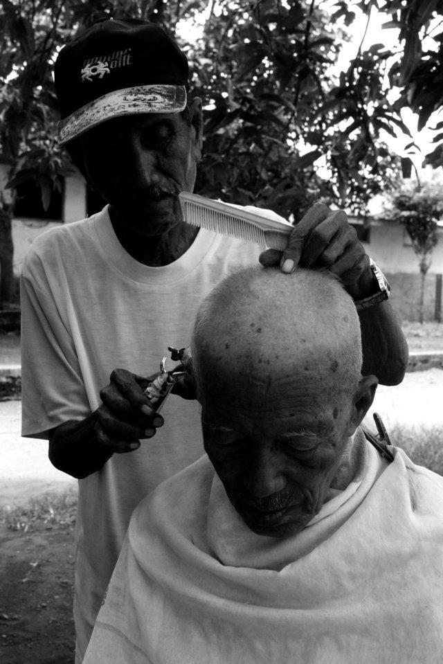 Barber shop kenangan di Stasiun Situbondo   11