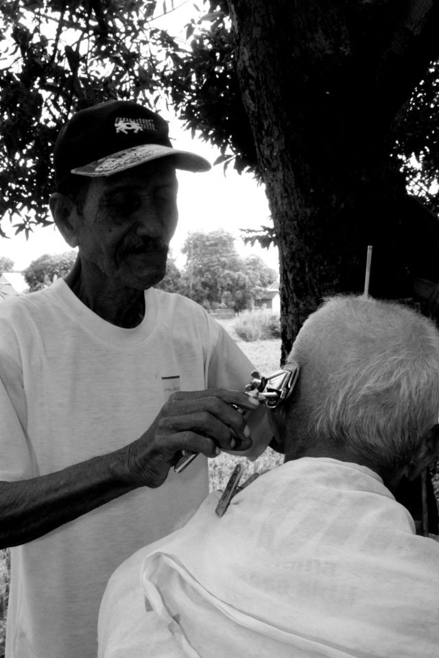 Barber shop kenangan di Stasiun Situbondo  6