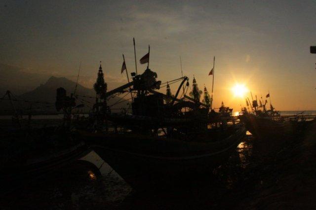 72 sunset Panarukan Situbondo