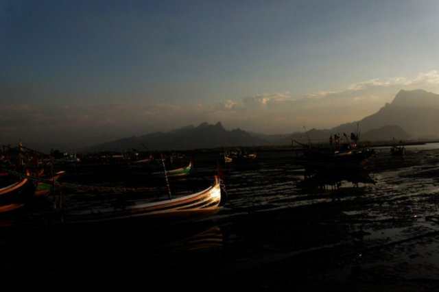 8 sunset Panarukan Situbondo