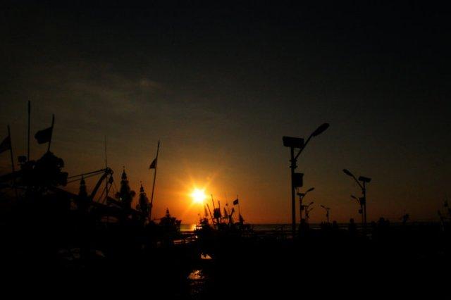 81 sunset Panarukan Situbondo