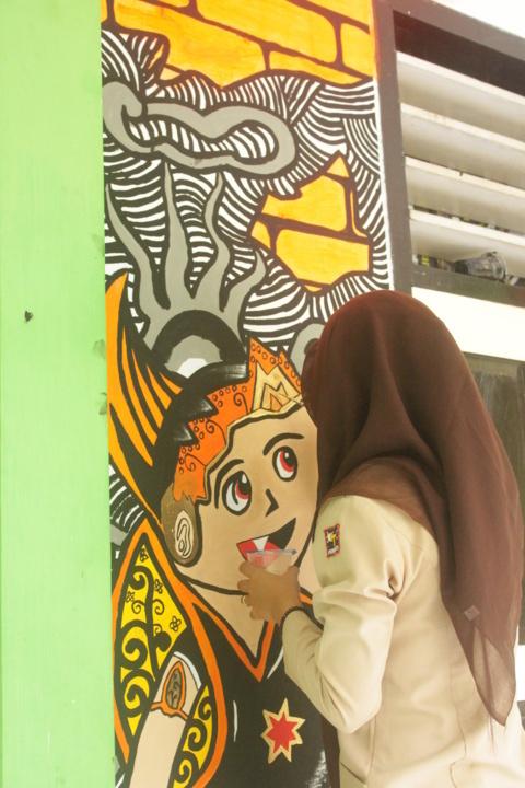 mural gatot kaca